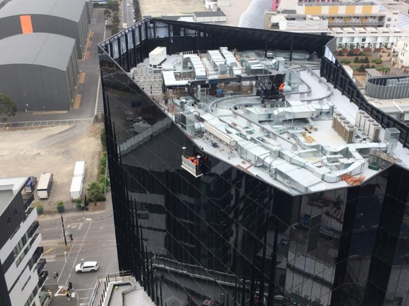 High rise maintenance at Marina Tower, Melbourne